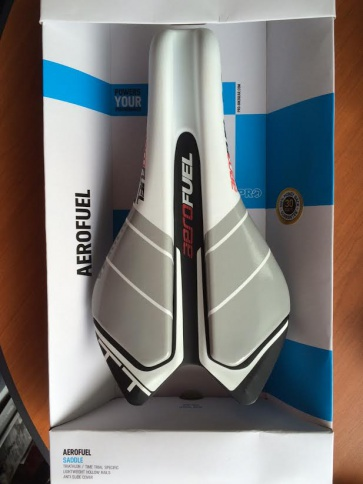 Shimano Pro Aero Fuel Triathlon Saddle Seat White