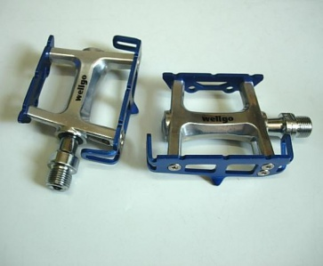 Wellgo Road Bike Bicycle pedals R025 Blue
