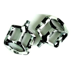 Wellgo BMX MG1 Bike Bicycle Flat Pedals Black/White